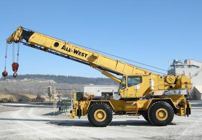 40-ton-rough-terrain-crane-rental